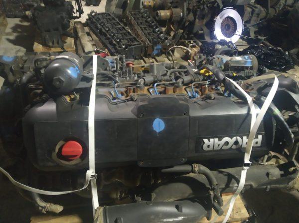 Двигатель MX300 U1 (А071358) для тягача Daf CF85