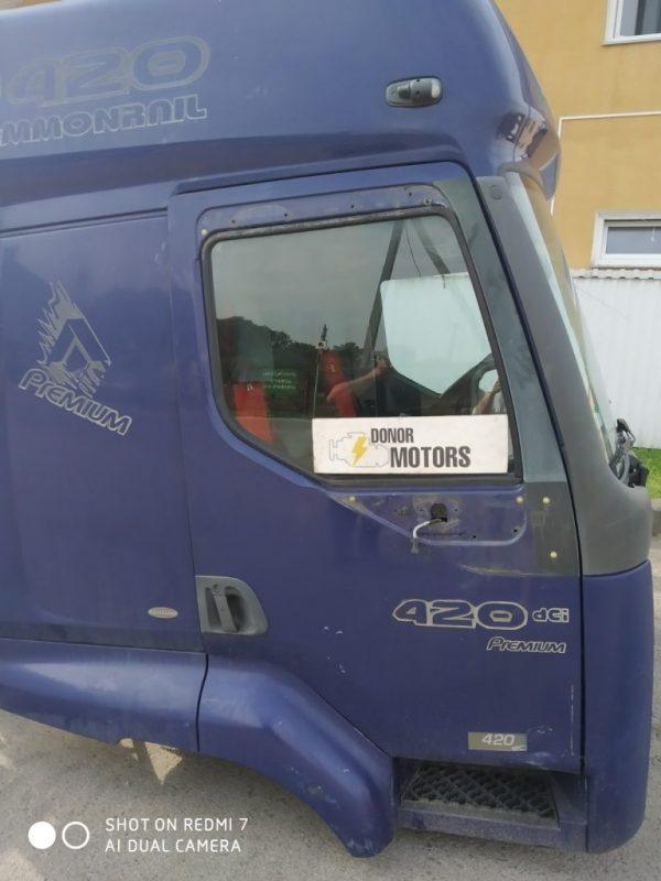 Фото кабина renault premium синяя механическая кпп