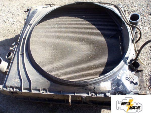 Фото радиатор охлаждения двигателя volvo fh