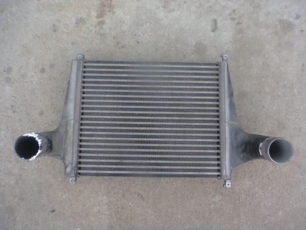 Фото радиатор охлаждения двигателя daf