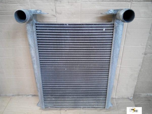 Фото радиатор охлаждения двигателя renault premium