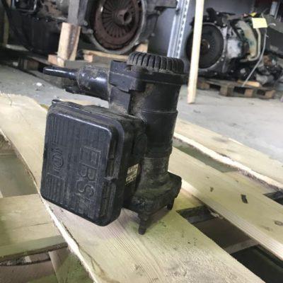 Кран управления тормозами прицепа Ман